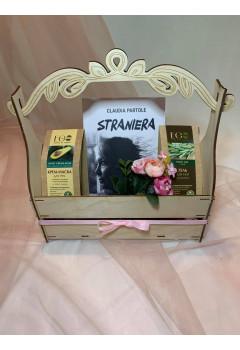 """Gift Box, 8 Martie ,,Straniera"""""""